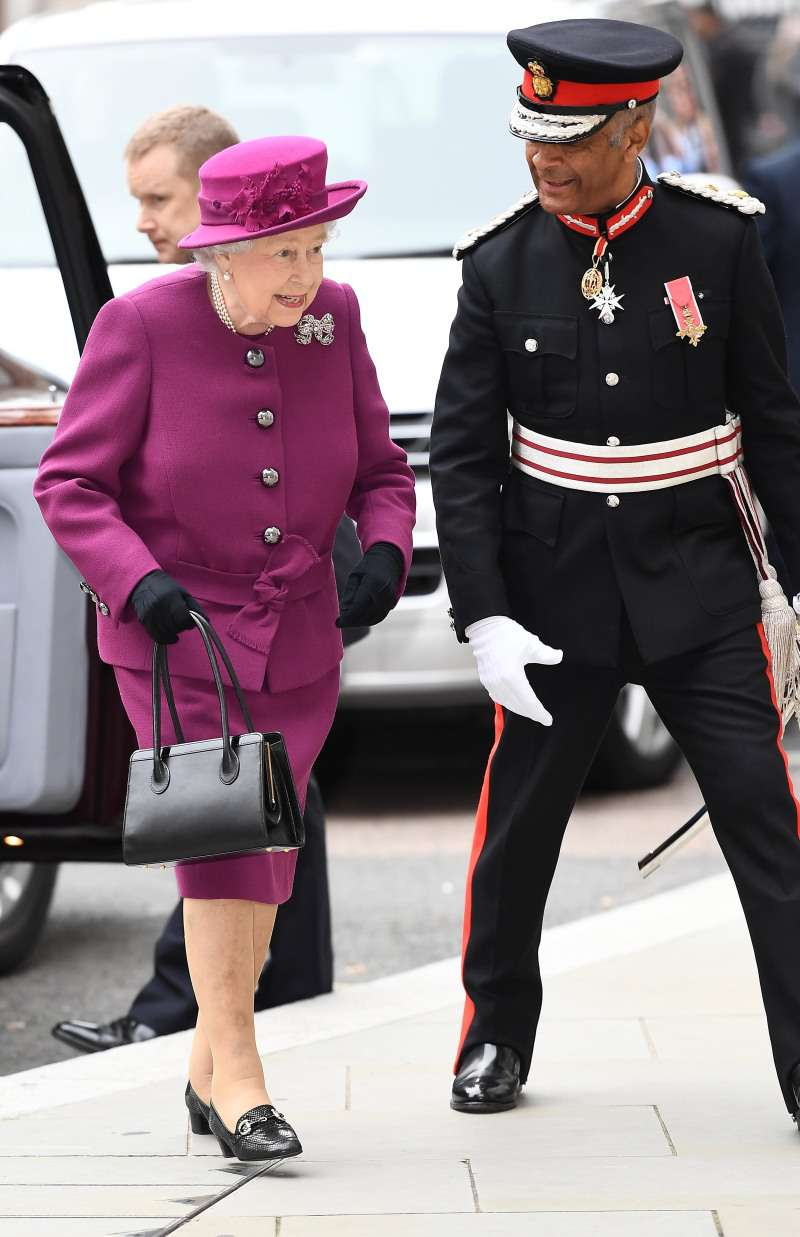 Pretty In Pink: The Queen Looks Absolutely Adorable In A New Outfit For Her Wedding AnniversaryPretty In Pink: The Queen Looks Absolutely Adorable In A New Outfit For Her Wedding Anniversary