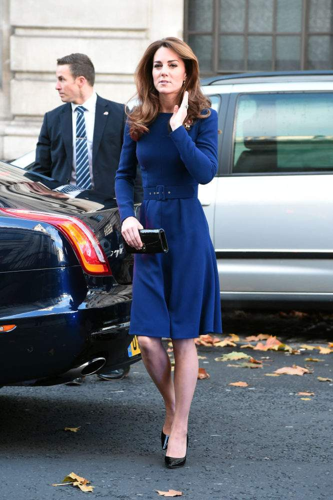 Royal Eye Candy! Kate Middleton Flaunts Her Tiny Waist In A Striking Blue Fit & Flate Dress With Tight Belt In Central LondonRoyal Eye Candy! Kate Middleton Flaunts Her Tiny Waist In A Striking Blue Fit & Flate Dress With Tight Belt In Central LondonRoyal Eye Candy! Kate Middleton Flaunts Her Tiny Waist In A Striking Blue Fit & Flate Dress With Tight Belt In Central LondonRoyal Eye Candy! Kate Middleton Flaunts Her Tiny Waist In A Striking Blue Fit & Flate Dress With Tight Belt In Central London