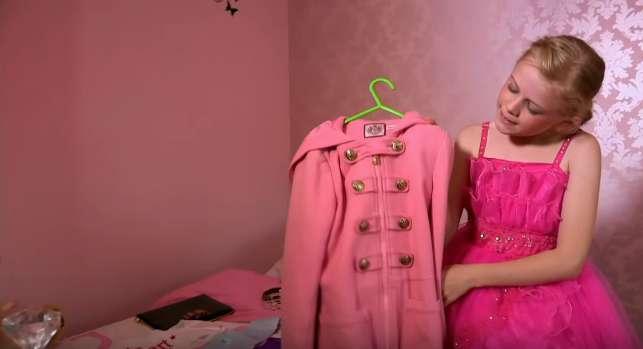 Шопоголик в 12 лет, и даже не принцесса: девочка призналась, что родители покупают ей все, что заблагорассудится