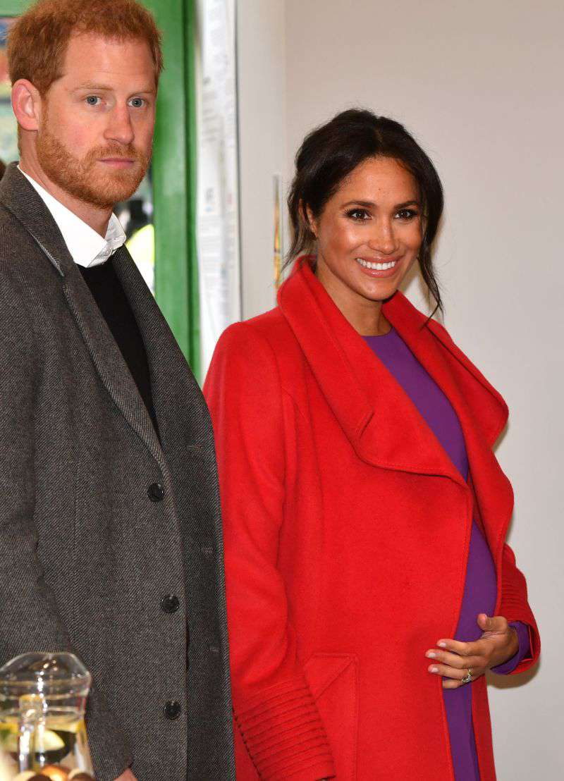Why Meghan Markle Keeps Clinging To Prince Harry In Public, Even Though She Doesn't Need To Anymore