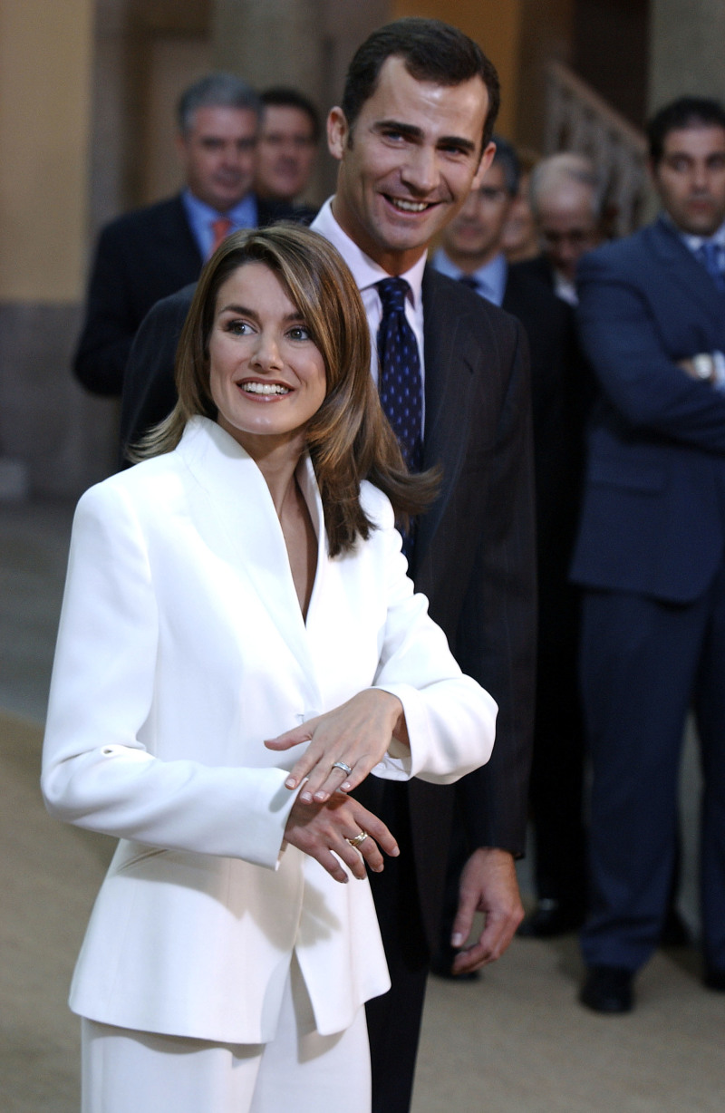 Queen Letizia Vs Meghan Markle: Are The Style Icons Inspired By Each Other's Images?letizia's white suite