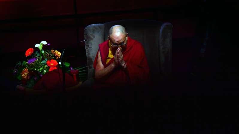 Les 8 plus belles citations du Dalaï Lama sur une vie d'amour et de sagesse