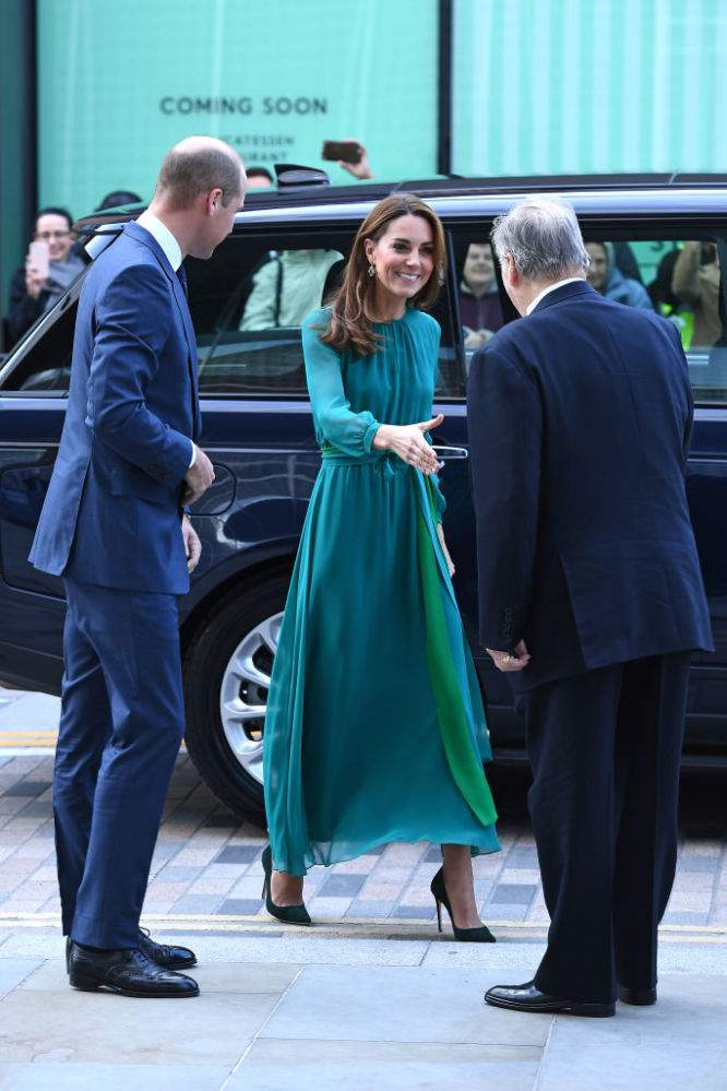 On se prépare ! Le prince William et Kate sortent pour rencontrer l'Agha Khan en vue de leur prochaine visite au PakistanGetting Ready! Prince William And Kate Step Out For Meeting With Islamic Leader To Help Prepare For Their Upcoming Visit To Pakistan