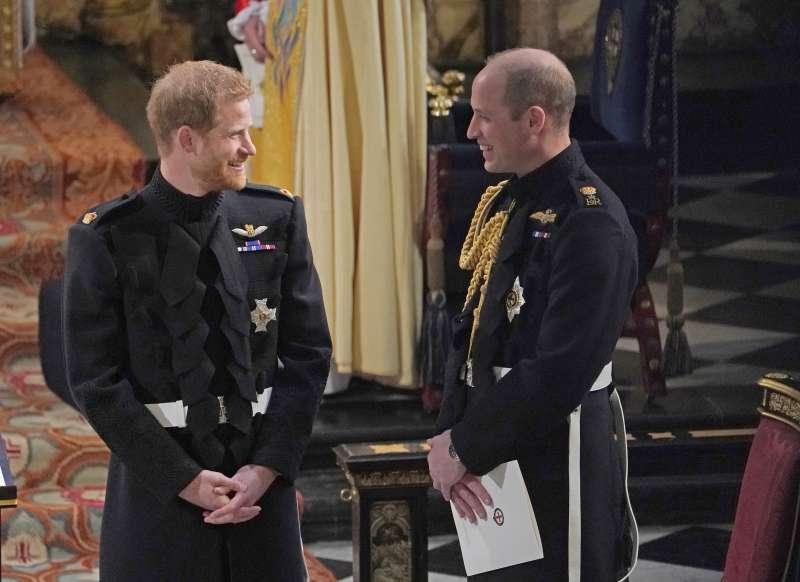 Já notou que William e Harry quase não são mais vistos juntos? Segundo um autor real, Meghan tem um dedo nisso!