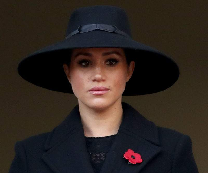 Regal As Queen! Dignified Meghan Markle Is A Vision Of Elegance In Statement Hat And Waist-Hugging Coat At Remembrance DayRegal As Queen! Dignified Meghan Markle Is A Vision Of Elegance In Statement Hat And Waist-Hugging Coat At Remembrance DayRegal As Queen! Dignified Meghan Markle Is A Vision Of Elegance In Statement Hat And Waist-Hugging Coat At Remembrance Day