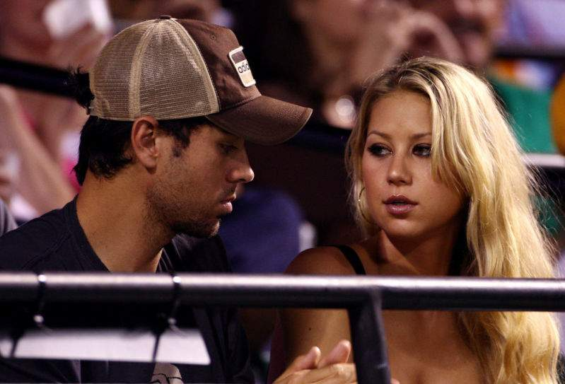 Anna Kournikova Once Broke Up With Enrique Iglesias But He Won Her Back By Writing Her SongAnna Kournikova Once Broke Up With Enrique Iglesias But He Won Her Back By Writing Her Song