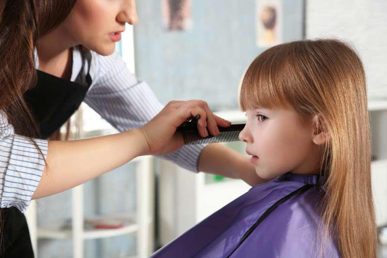 Как подстричь ребёнка дома: пошаговая инструкция для волос любой длиныКак подстричь ребёнка дома: пошаговая инструкция для волос любой длины