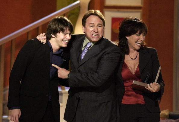"John Ritter's Son Jason Successfully Follows In His Father's Footsteps, Keeping His Legacy Alive: ""I Hope I'm Making My Dad Proud""John Ritter's Son Jason Successfully Follows In His Father's Footsteps, Keeping His Legacy Alive: ""I Hope I'm Making My Dad Proud"""