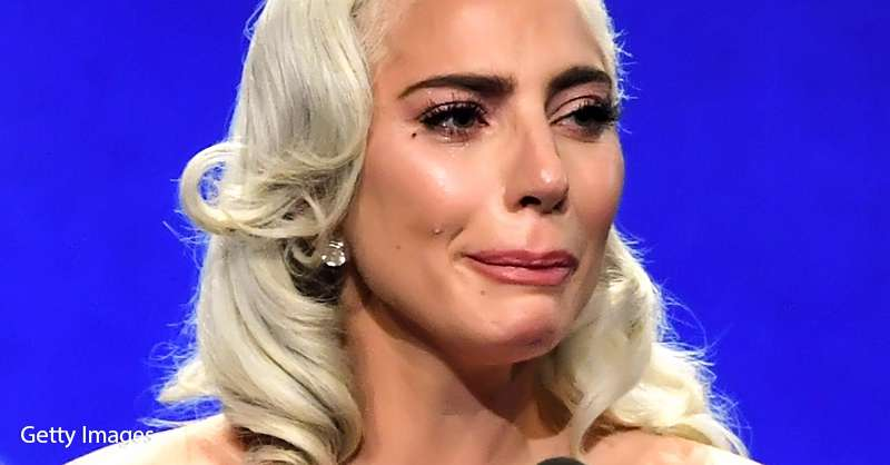 Standing Ovation ! Lady Gaga En Pleurs à La Remise Du Prix
