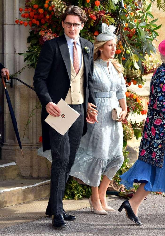 La familia Real en aprietos: el matrimonio de una ex de Harry pone a la corona contra la paredLa familia Real en aprietos: el matrimonio de una ex de Harry pone a la corona contra la paredLa familia Real en aprietos: el matrimonio de una ex de Harry pone a la corona contra la pared