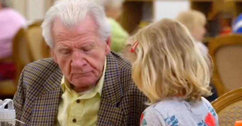4-Year-Old Girl Shares Her Love And Restores Hope To 87-Year-Old Widower4-Year-Old Girl Shares Her Love And Restores Hope To 87-Year-Old Widower4-Year-Old Girl Shares Her Love And Restores Hope To 87-Year-Old Widowerken