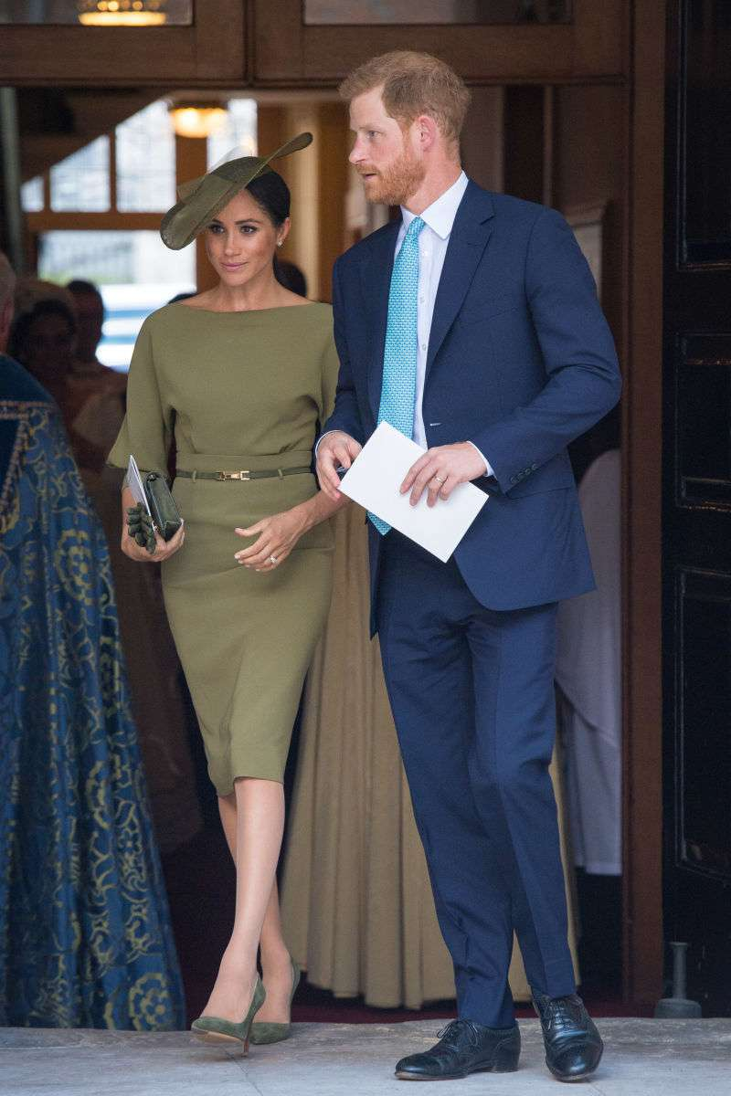 Love Can Be Worlds Apart: The Cambridges and Sussexes Holding Hands Analyzed By Body Language Expert