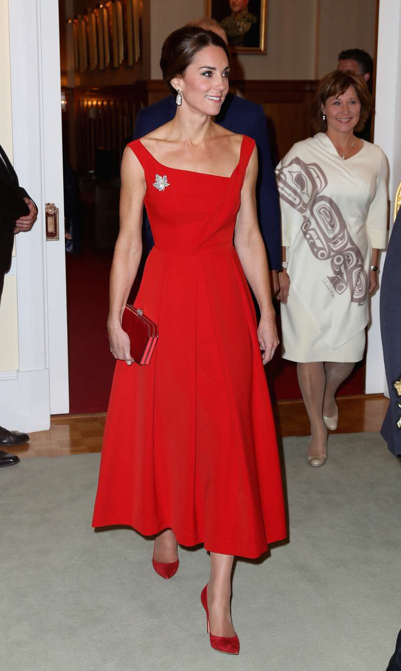 "Which Bad Habit From Her ""Past"" Life Does Meghan Markle Still Have?kate middleton red dress"