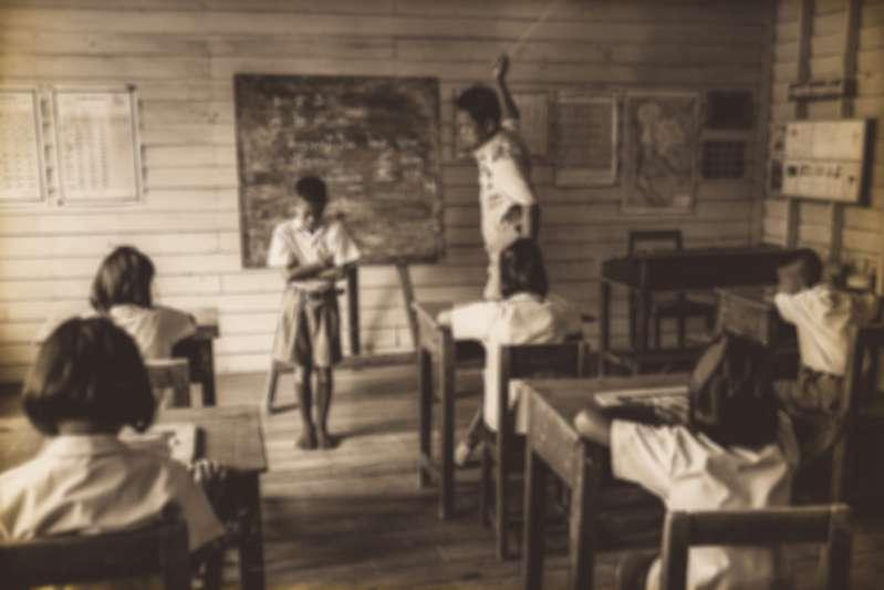 Esagerato? Due maestre di asilo nido avrebbero rinchiuso dei bimbi senza vestiti in un armadio per punizione
