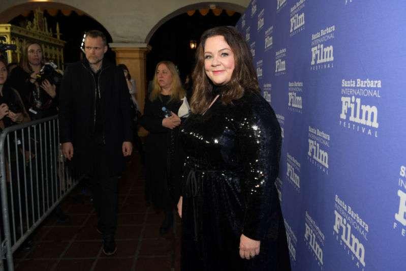 Avec sa robe noire moulante, Melissa McCarthy était plus que sublime aux BAFTA Awards 2019melissa mccarthy santa barbara international film festival, melissa mccarthy