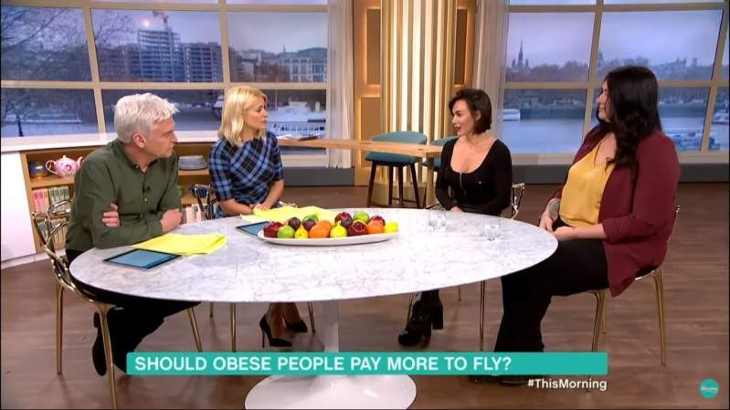 """""""Les gens obèses devraient payer plus cher leur billet d'avion"""". Une chroniqueuse s'attire les foudres du Net"""