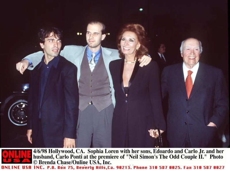 Sophia Loren, toujours étourdissante à 84 ans, affirme qu'elle a les plus beaux petits-enfants du monde