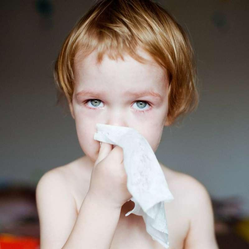 Un médecin dont le fils est décédé de la grippe met en garde les parents sur l'importance de la vaccination