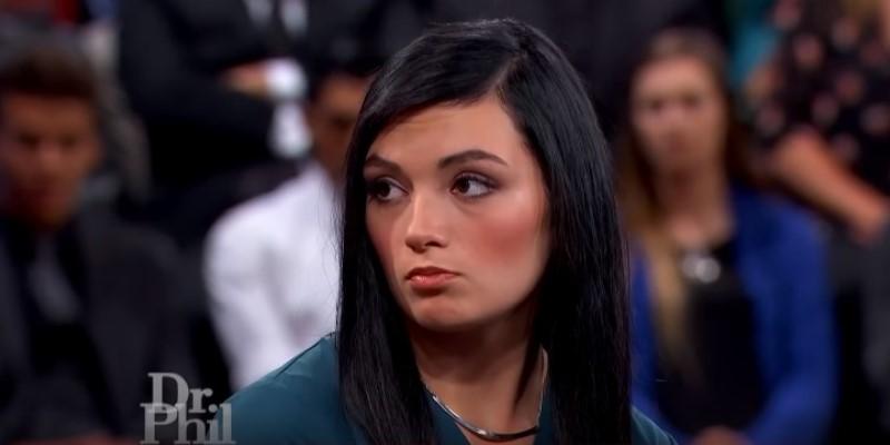 Una joven de 19 años fue al programa del Dr. Phil jurando llevar en su vientre al niño Jesús