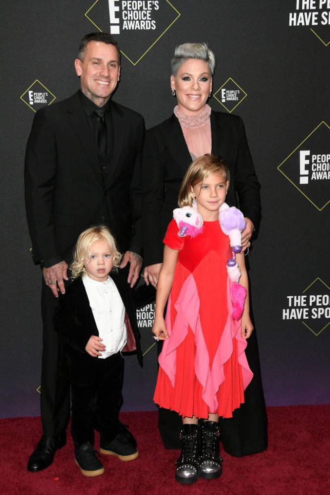 Pink Makes Rare Public Appearance With Husband And 2 Kids At People Choice Awards And Her Daughter Steals The ShowPink Makes Rare Public Appearance With Husband And 2 Kids At People Choice Awards And Her Daughter Steals The ShowPink Makes Rare Public Appearance With Husband And 2 Kids At People Choice Awards And Her Daughter Steals The Show
