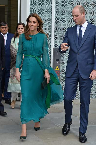 Prinz William und Kate treffen Aga Khan in London angesichts ihrer bevorstehenden Reise nach PakistanGetting Ready! Prince William And Kate Step Out For Meeting With Islamic Leader To Help Prepare For Their Upcoming Visit To PakistanGetting Ready! Prince William And Kate Step Out For Meeting With Islamic Leader To Help Prepare For Their Upcoming Visit To PakistanGetting Ready! Prince William And Kate Step Out For Meeting With Islamic Leader To Help Prepare For Their Upcoming Visit To PakistanGetting Ready! Prince William And Kate Step Out For Meeting With Islamic Leader To Help Prepare For Their Upcoming Visit To Pakistan