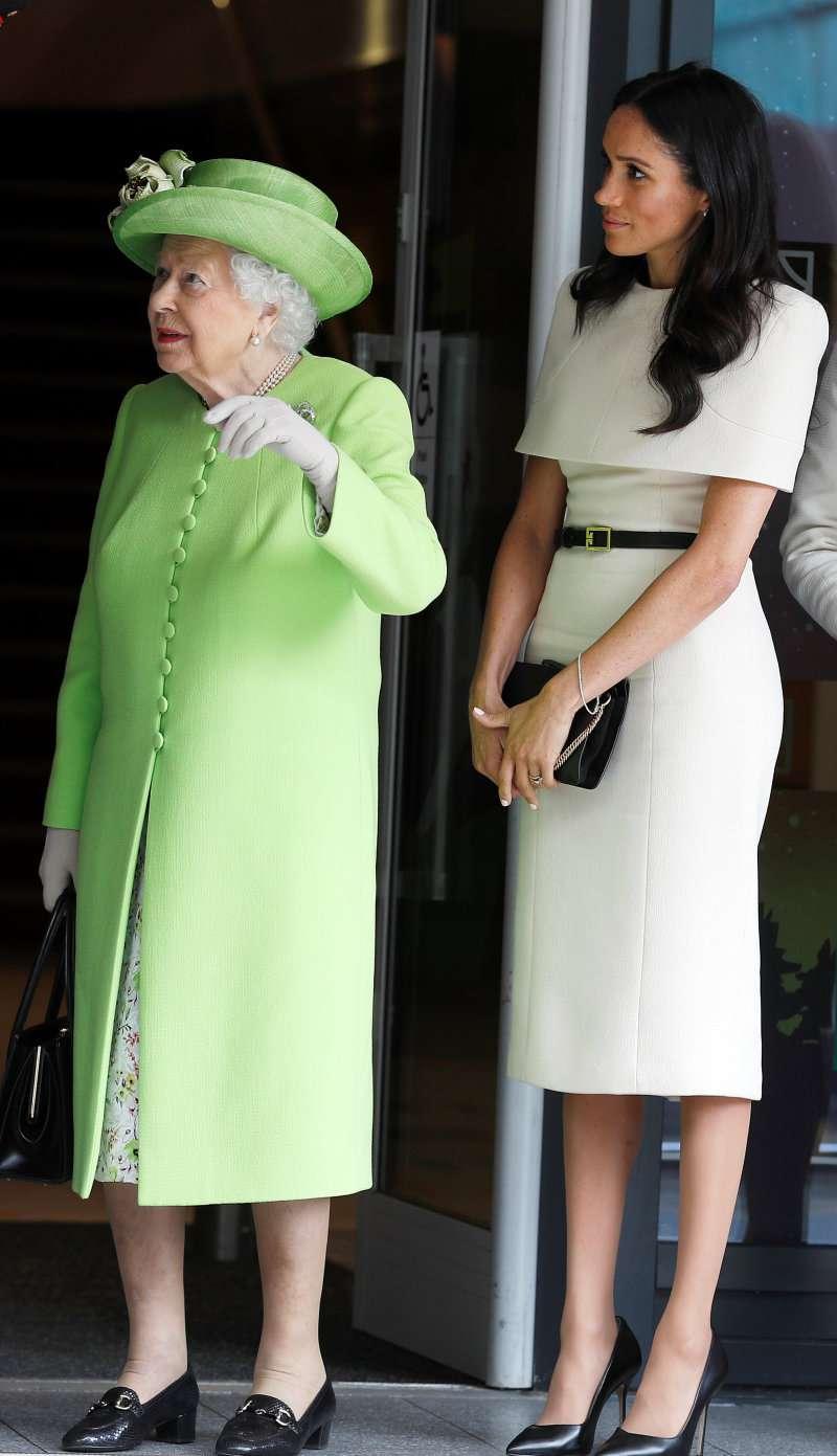 "Meghan Markle Is Not Like Princess Diana: She Is ""Camera-Ready, Not Camera-Shy"", Royal Expert SaysMeghan Markle Is Not Like Princess Diana: She Is ""Camera-Ready, Not Camera-Shy"", Royal Expert Says"
