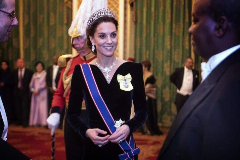 Una desubicada: critican a Meghan Markle por robarle el protagonismo a Kate Middleton en su cumpleañosUna desubicada: critican a Meghan Markle por robarle el protagonismo a Kate Middleton en su cumpleaños