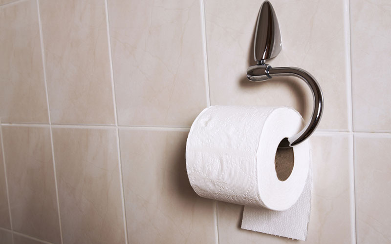Fun satirical test: the way you hang your toilet paper says a lot about your personalities