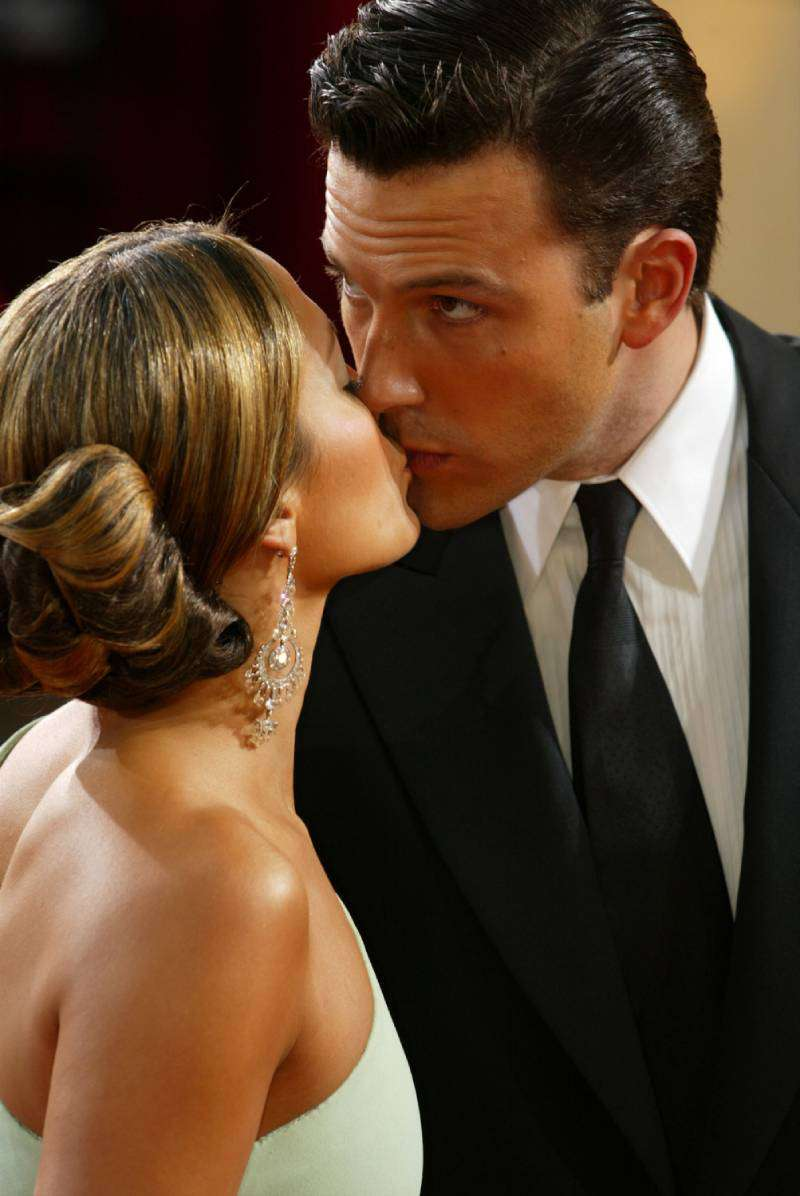 Why Jennifer Lopez And Ben Affleck Called Off Their Wedding Just A Few Days Before The CeremonyActor Ben Affleck kisses fiancee, actress Jennifer Lopez at the 75th Annual Academy Awards at the Kodak Theater on March 23, 2003