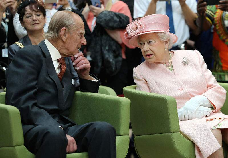 """He Is Her Hero"": Prince Philip Acts ""Manly, Protective, And Very Dominant"" Around Queen Elizabeth II, Body Language Expert Noticed""He Is Her Hero"": Prince Philip Acts ""Manly, Protective, And Very Dominant"" Around Queen Elizabeth II, Body Language Expert Noticed""He Is Her Hero"": Prince Philip Acts ""Manly, Protective, And Very Dominant"" Around Queen Elizabeth II, Body Language Expert Noticed""He Is Her Hero"": Prince Philip Acts ""Manly, Protective, And Very Dominant"" Around Queen Elizabeth II, Body Language Expert Noticed"