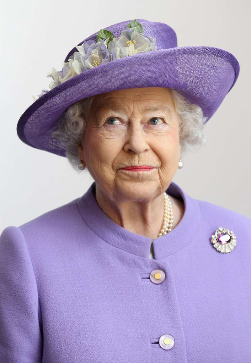 Christmas With Elizabeth II: The Queen's Evening Tradition Isn't To Everyone's Taste