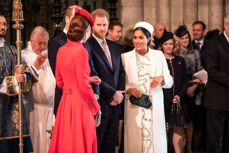 5 Ways Meghan Markle's Pregnancy Was Different From Kate Middleton's5 Ways Meghan Markle's Pregnancy Was Different From Kate Middleton's5 Ways Meghan Markle's Pregnancy Was Different From Kate Middleton's5 Ways Meghan Markle's Pregnancy Was Different From Kate Middleton's5 Ways Meghan Markle's Pregnancy Was Different From Kate Middleton's