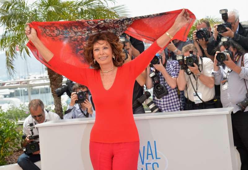 Le surprenant lien entre Sophia Loren et Mussolini : la sœur de la célèbre actrice a épousé le fils du dictateur