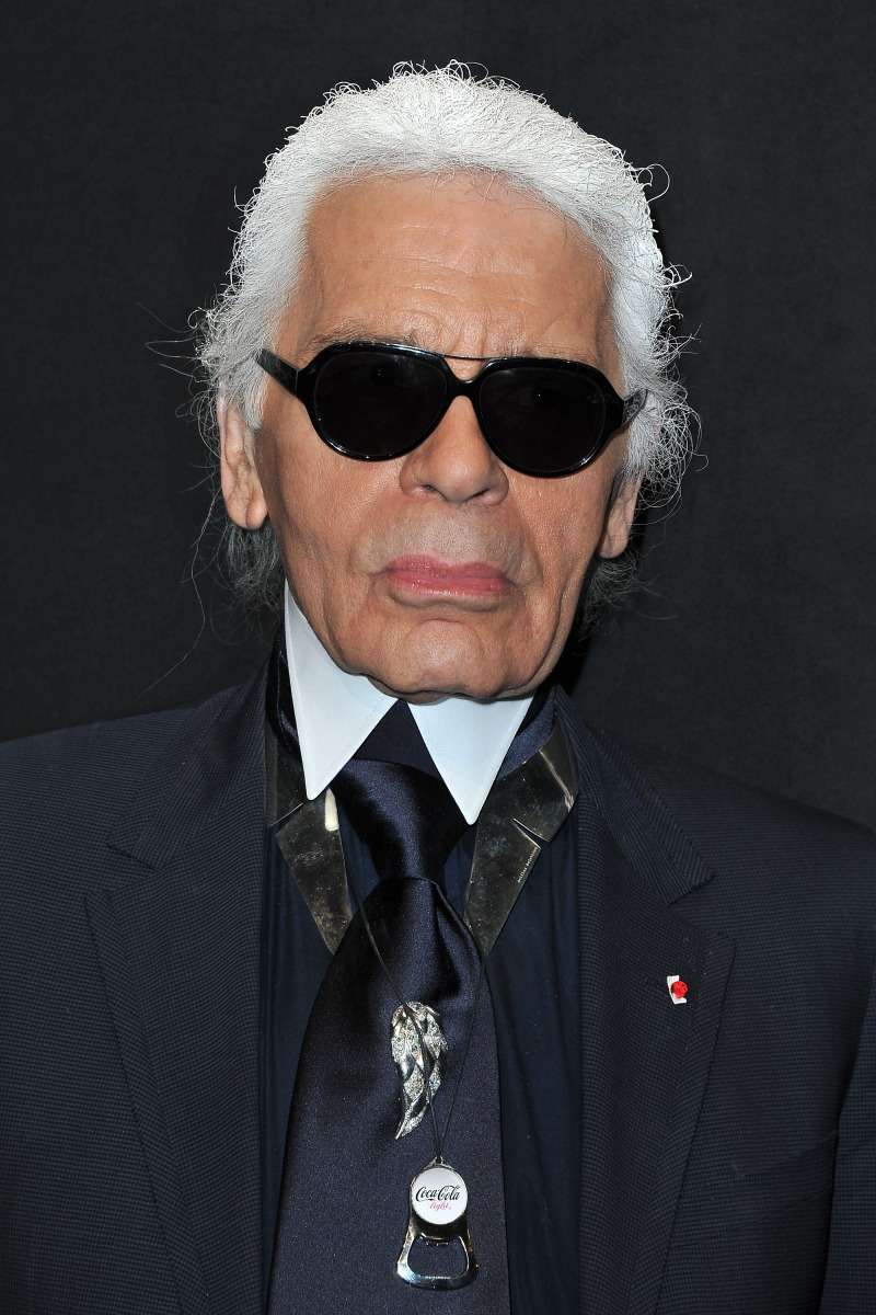 The Hidden Story: Twitter Users Are Indignant At How Karl Lagerfeld Is Being Exalted And Reveal Facts About His Misogyny And Negative Attitude To Muslims