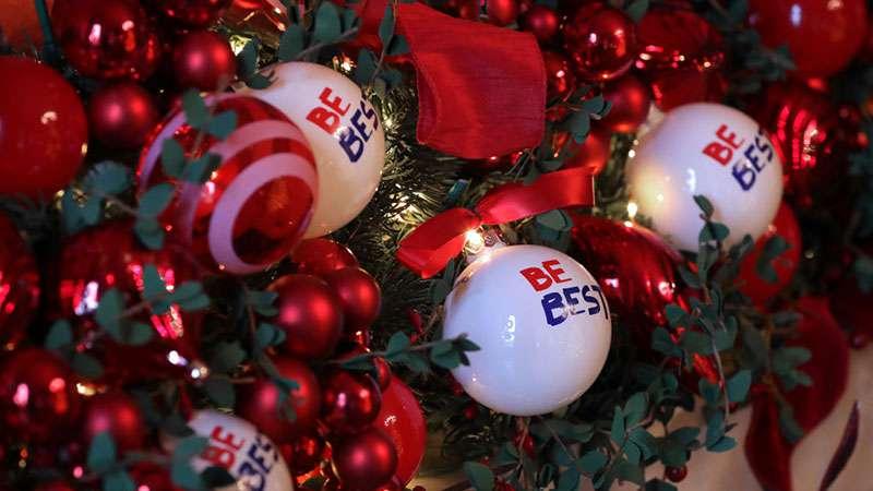 L'extravagante décoration de Noël de Mélania Trump à la Maison Blanche a générée des critiques.