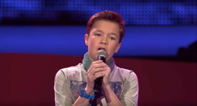 Three Preteens Sing The Popular 'Hallelujah' Song In A Way Few People Have Heard Before