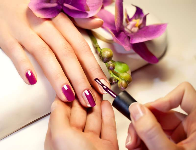 14 Tips To Make Nail Polish Last Longer - on Fabiosa