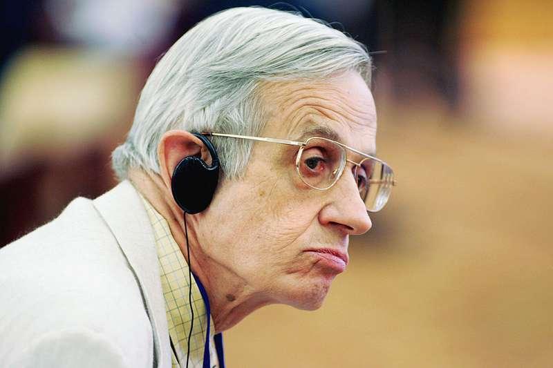 Un chercheur fou : la tragique histoire de John Nash qui n'a pas été décrite dans le film