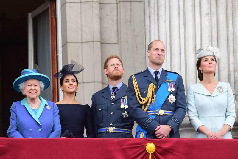"""Kate Middleton et Meghan Markle doivent s'unir """" pour sauver la famille royale """", estime un expert"""
