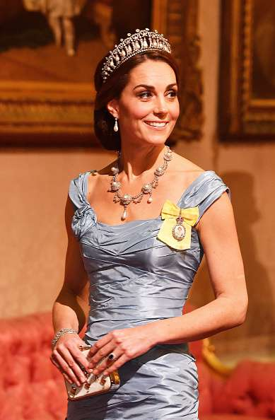 Kate Middleton Stuns In Historic Jewelry And An Alexander McQueen Gown At The Royal State DinnerKate Middleton Stuns In Historic Jewelry And An Alexander McQueen Gown At The Royal State Dinner