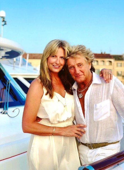 Keeping Chemistry Alive: Rod Stewart And Penny Lancaster Had A Romantic Date Night On A Yacht In FranceKeeping Chemistry Alive: Rod Stewart And Penny Lancaster Had A Romantic Date Night On A Yacht In FranceKeeping Chemistry Alive: Rod Stewart And Penny Lancaster Had A Romantic Date Night On A Yacht In France