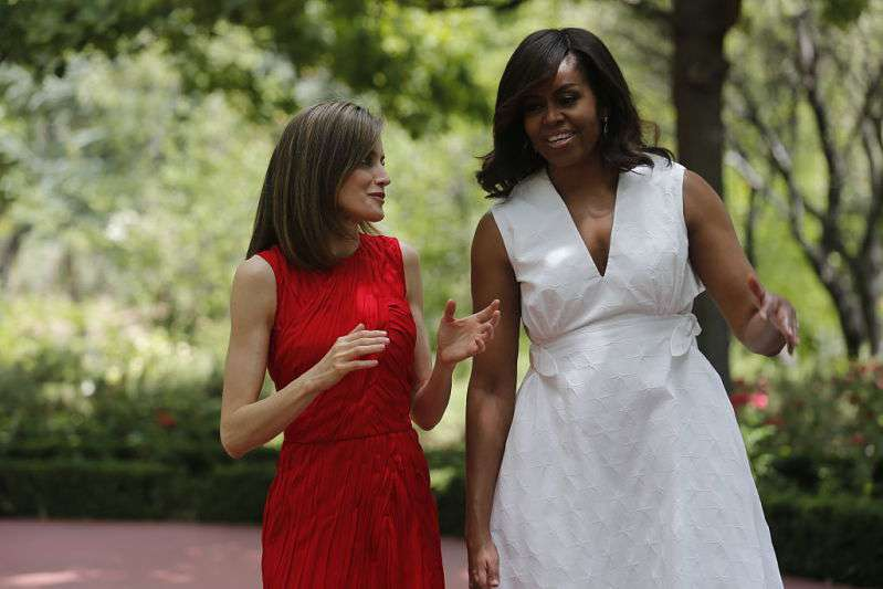 """It's The Dress That Was A Mistake"": Michelle Obama Was Criticized For The White Dress She Wore On Her Visit To Spain"