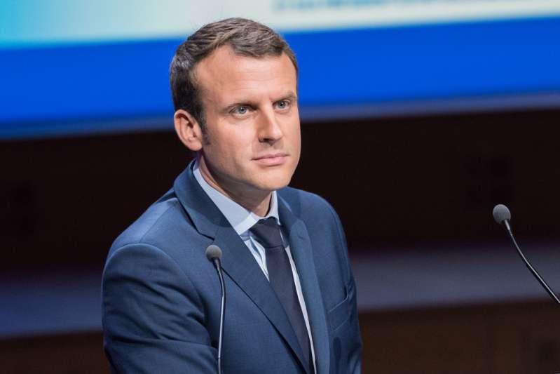 Selon Macron, l'ancien président François Hollande, serait responsable de la colère des gilets jaunes à son égardSelon Macron, l'ancien président François Hollande, serait responsable de la colère des gilets jaunes à son égardSelon Macron, l'ancien président François Hollande, serait responsable de la colère des gilets jaunes à son égard