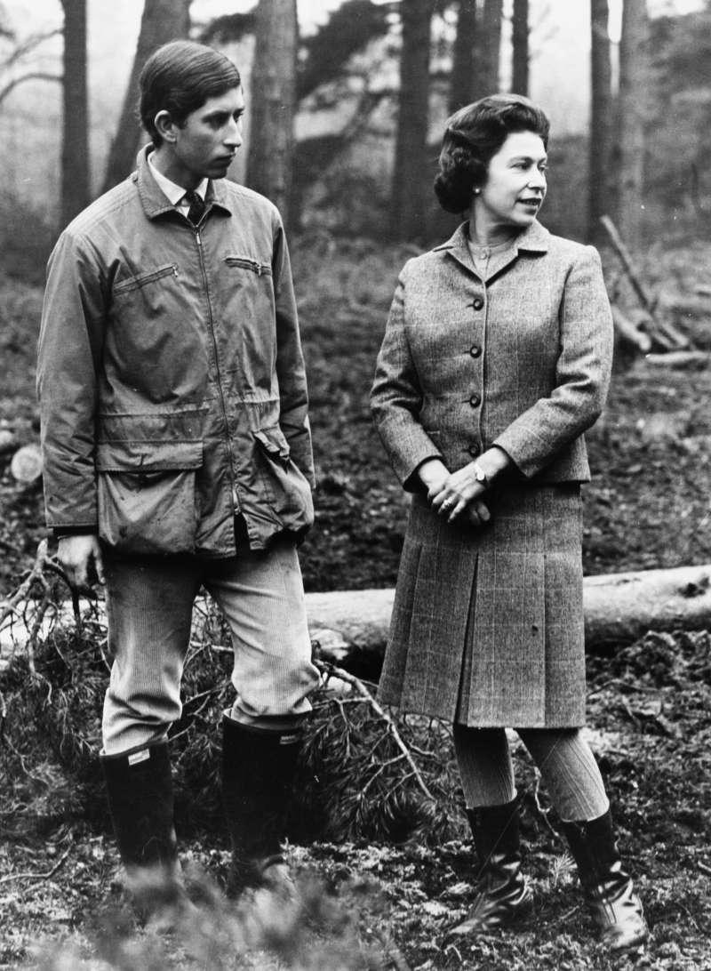 La tajante reacción de la Reina Isabel II cuando se enteró de que Carlos tenía un romance con CamillaLa tajante reacción de la Reina Isabel II cuando se enteró de que Carlos tenía un romance con CamillaLa tajante reacción de la Reina Isabel II cuando se enteró de que Carlos tenía un romance con CamillaLa tajante reacción de la Reina Isabel II cuando se enteró de que Carlos tenía un romance con Camilla