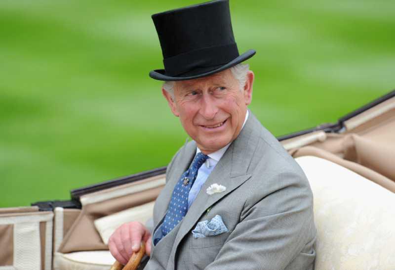 Le prince Charles regrette que William et Harry n'aient pas prononcé un mot sur lui dans le documentaire sur Diana
