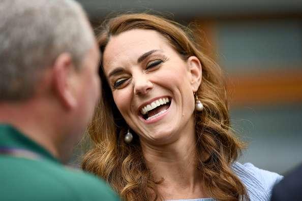 Kate Middletons dynamische Gesichtsausdrücke im Finale des Wimbledon Herrenspieles könnten die Wurzel ihrer Falten und tiefen Linien mit 37 sein