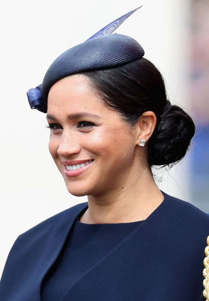 Outraged Fans Stood For Meghan Markle's Defense As She Was Brutally Slammed For Not Losing Weight One Month After Giving Birth