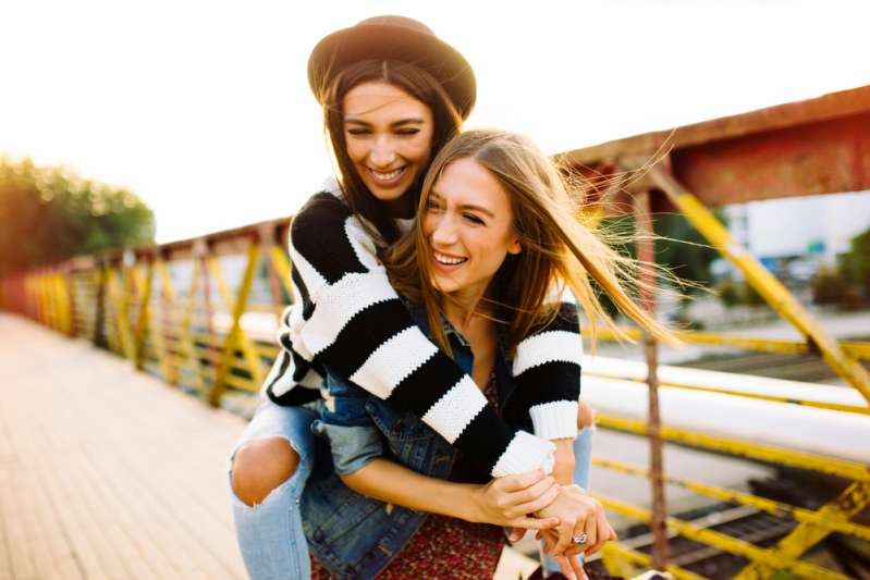 Sister-Sister! Latest Study Reveals That Having A Sister Enhances Your Mental Health