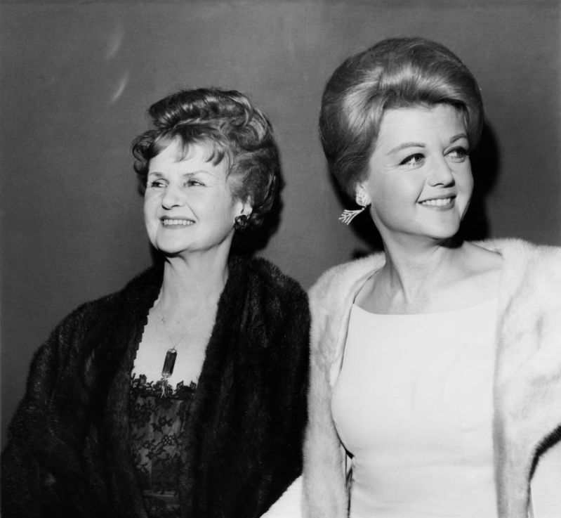 93-Year-Old Angela Lansbury Remembers Her Mom And Claims She Inherited Her Genes And Great Shape