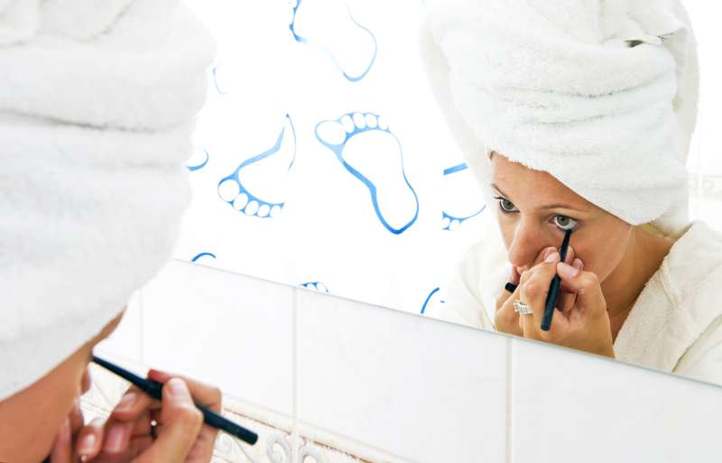 10 Tips That Might Help Avoid Makeup Mistakes And Give A ...
